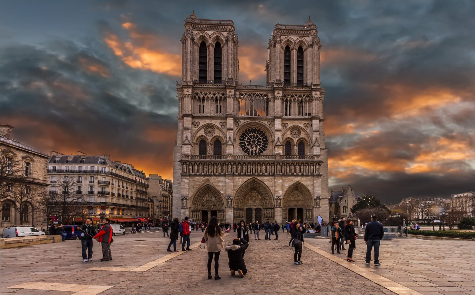 France The Tour Interest of Paris and Key History